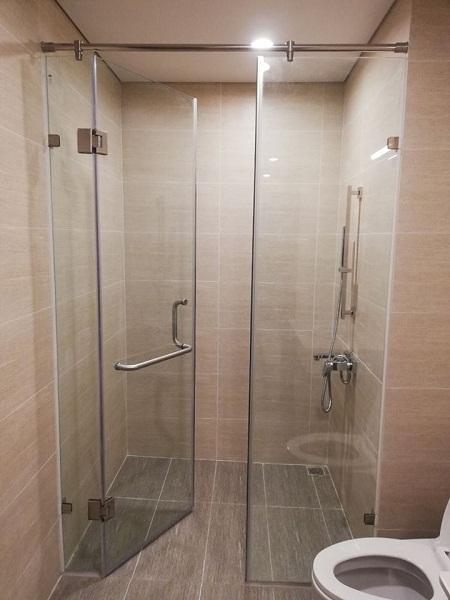 Vách tắm kính cửa mở xoay bộ 2 tấm